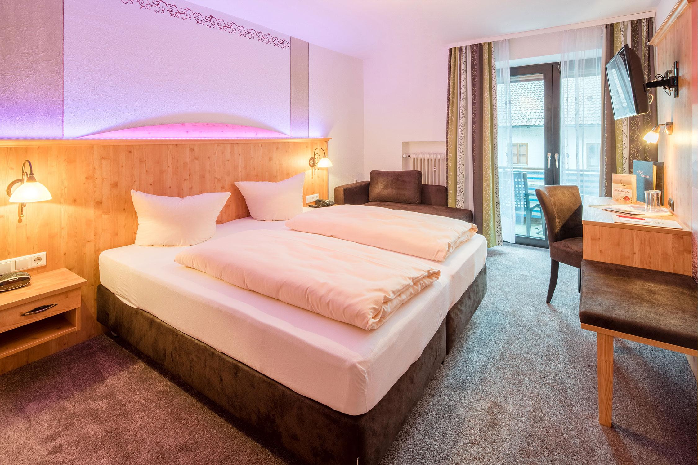 Doppelzimmer Beispiel - Hotel Gasthof zum Schildbauer - Chiemsee