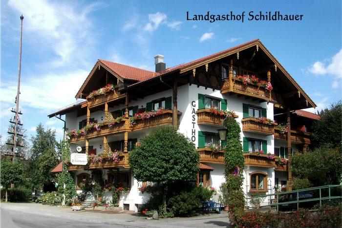 Hotel Gasthof Zum Schildhauer in Halfing