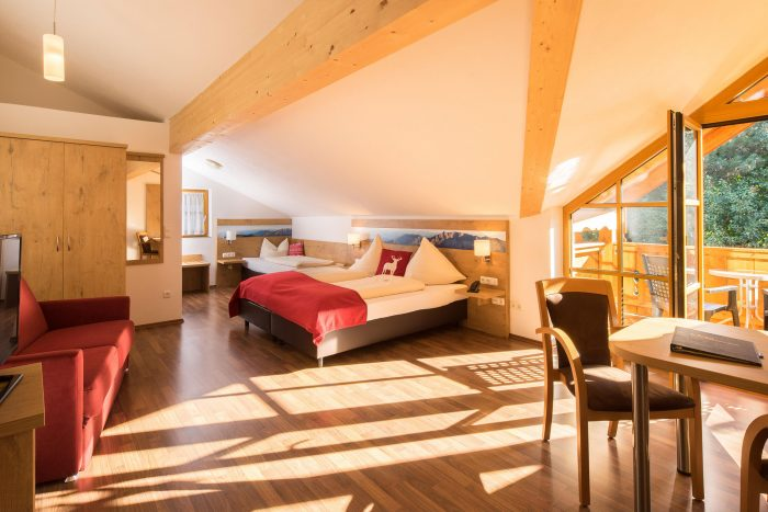 Doppelzimmer Balkon Beispiel - Hotel Gasthof zum Schildbauer - Chiemsee